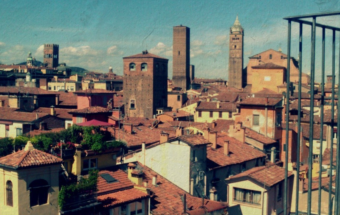 Application for the Intensive Programme at the University of Bologna is open now!